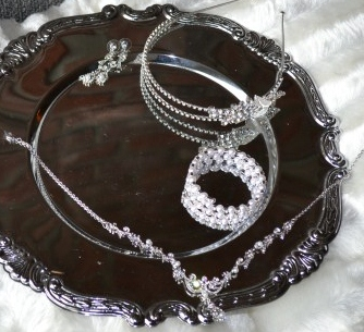 Annabelle vintage styled wedding jewelry set by Wedding Sparkles