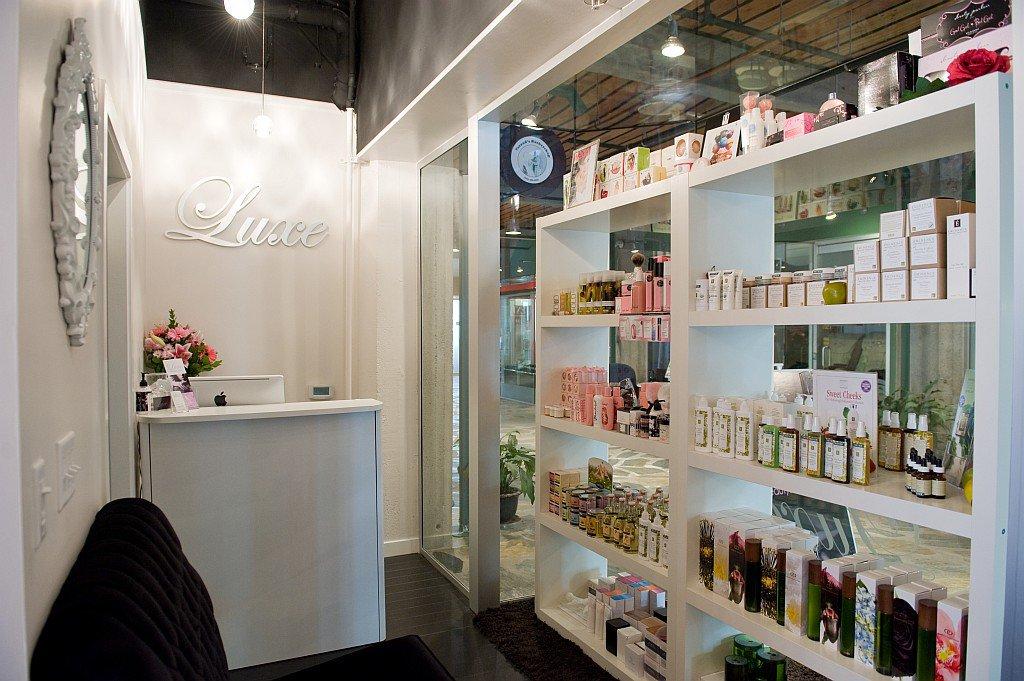 luxe beauty lounge_ empress avenue2