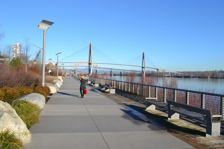Empress Avenue_Shopping in New Westminster_Pier Park2