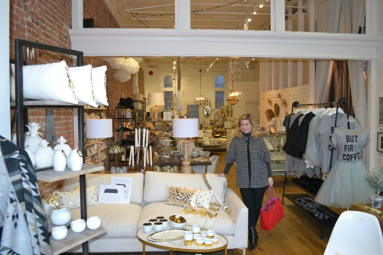 Empress Avenue_Shopping in New Westminster_Lofty Living