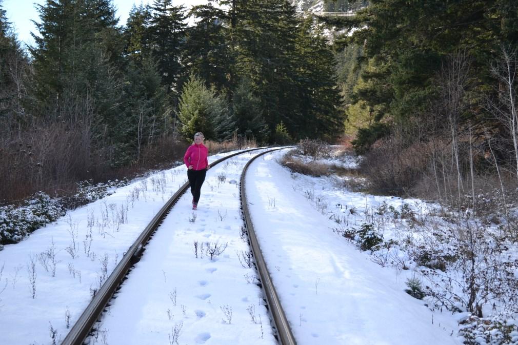 finding the motivation to run again_womens running magazine_talia davis_empress avenue_pink pearl pr3